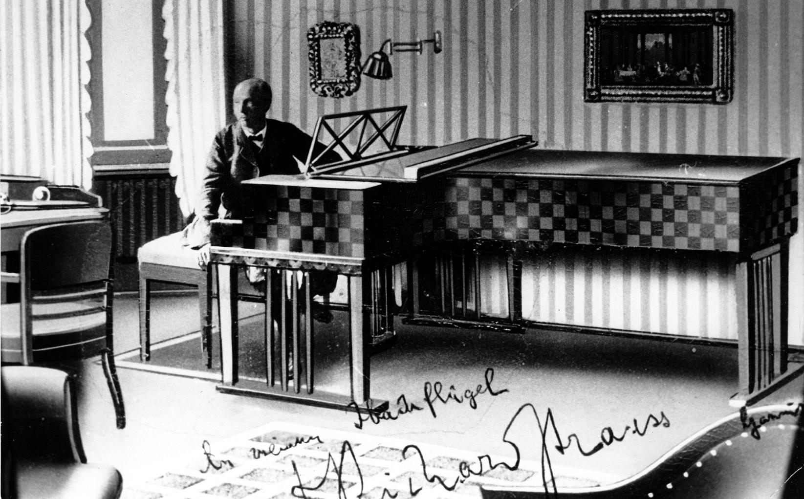 1926 – Zusammenarbeit mit Richard Strauss